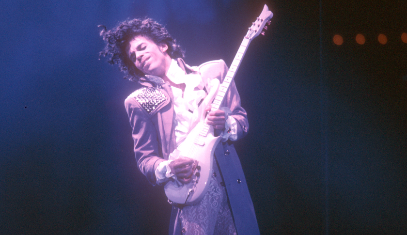 prince-live-at-the-forum